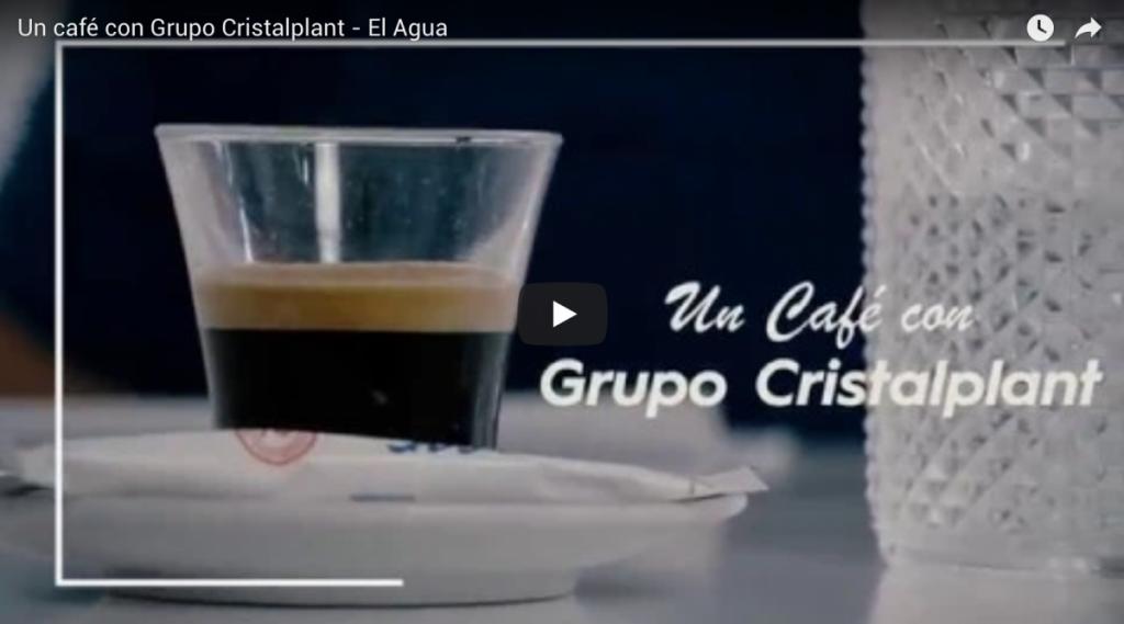 un cafe con grupo cristalplant