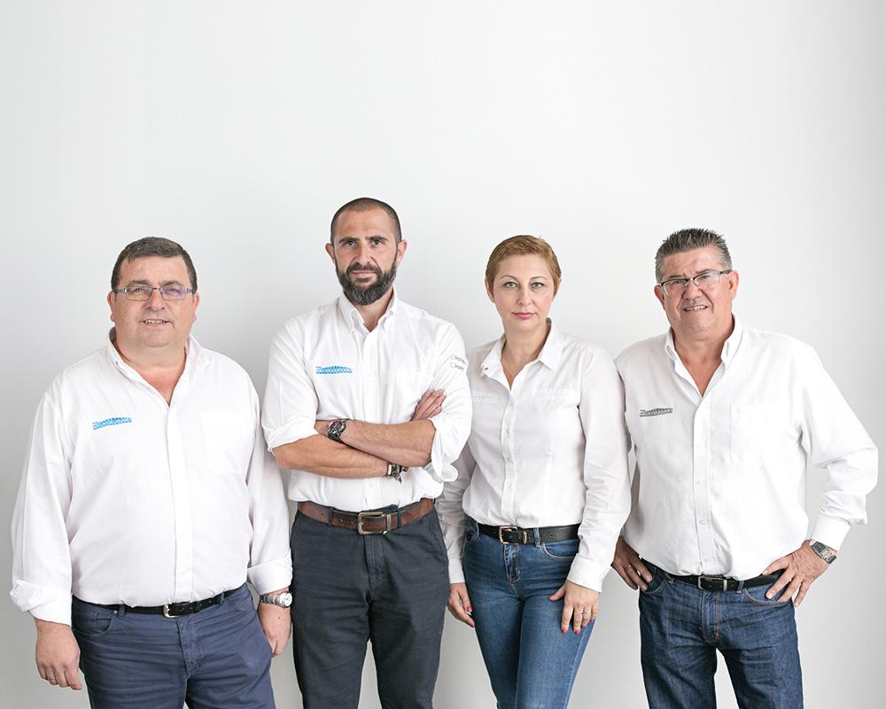 equipo grupo cristalplant semillero